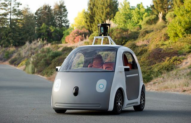 Auto guida autonoma - Photo credit: smoothgroover22
