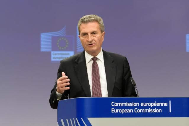 Oettinger - © European Union, 2018/Source: EC - Audiovisual Service/Photo: Georges Boulougouris