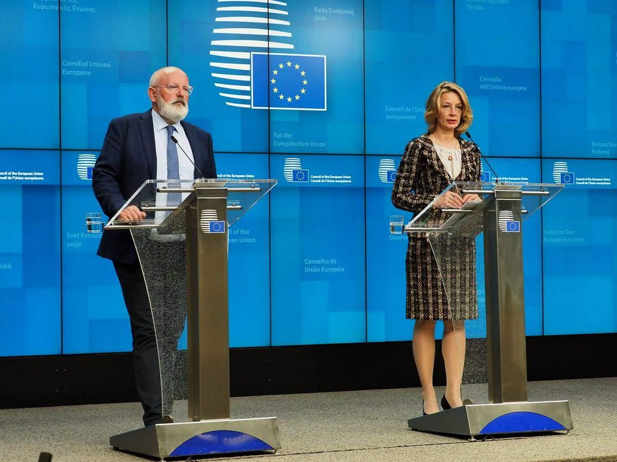 Frans Timmermans e Tytti Tuppurainen - Copyright: European Union