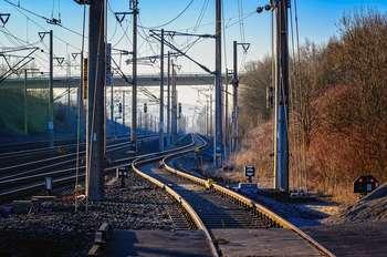 Commissione UE - linea ferroviaria Napoli-Bari