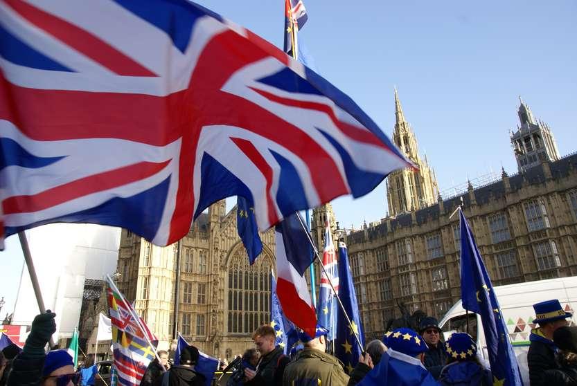 Intesa su Brexit: Photocredit: ChiralJon under Creative Commons Attribution 2.0 Generic license.