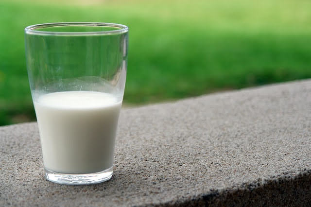 Latte ovino - Photo credit: Pexels