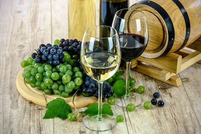 Vino - Photo credit: Foto di Photo Mix da Pixabay