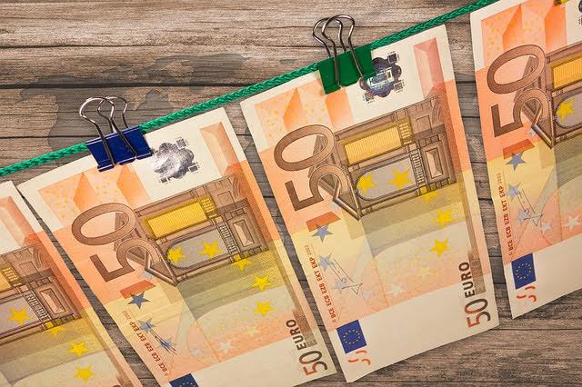 Fondi europei - Photo credit: Foto di Michael Schwarzenberger da Pixabay