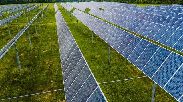 Pannelli fotovoltaici - Foto di Kelly Lacy da Pexels